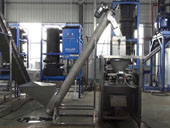 Fully-automatic ice bagger